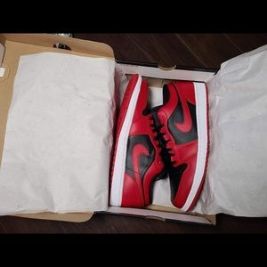 Air Jordan 1 Reverse Bred Low